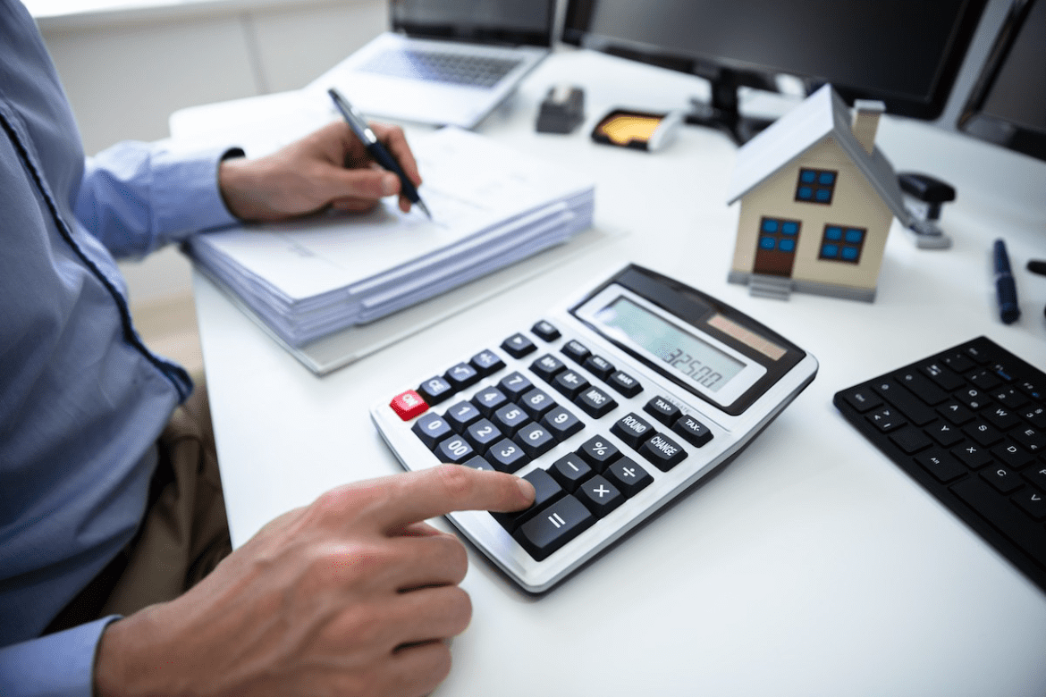 How to Calculate Homeowners Insurance and Save Money on Your Coverage